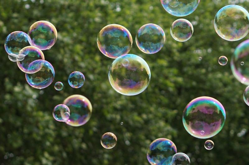 Bubble mentality - Reboot Social